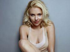 Scarlett Johansson multumita de pozele nud de pe internet