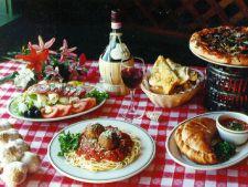 4 lucruri pe care este important sa le ai pentru o masa cu musafiri