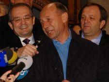 Basescu isi face ziua la Vila Lac, pentru PDL