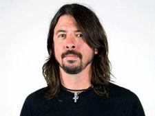 Dave Grohl sustine ca nu a cantat pe albumul postul Michael Jackson