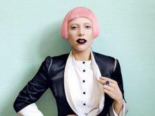 Lady Gaga lanseaza colectia