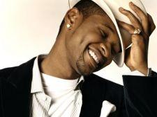Usher si Danny Glover, premiati la Freedom Awards