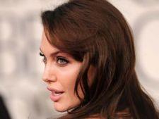 Angelina Jolie, recunoscatoare ca este inca in viata