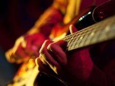 Top 10 cei mai buni chitaristi din istoria muzicii
