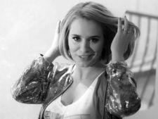 Andreea Esca vinde produse de lux, pentru copiii saraci