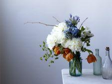 6 sfaturi pentru a pastra mai mult florile din vaza