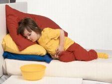 7 remedii naturiste pentru durerile de burtica la copii