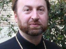 Cel mai tanar episcop catolic din lume este roman
