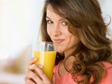 3 bauturi naturale care ard grasimile