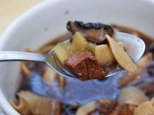 Reteta din resturi: supa de vita cu legume si condimente