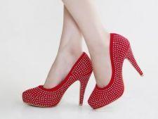 Pantofi perfecti pentru petrecerile de sarbatori de la wildfashion.ro!