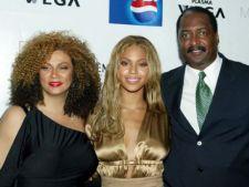 Parintii lui Beyonce Knowles au divortat