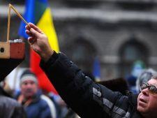 Scandal in Parlament, la sedinta dedicata Revolutiei