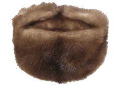 Trend alert: caciula de blana