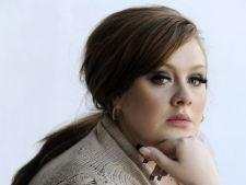 Adele face antrenamente vocale