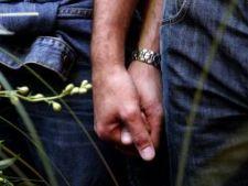 6 trucuri prin care sa-ti tii partenerul langa tine