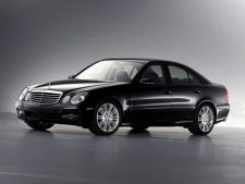 Mercedes recheama in service-urile romanesti 400 de masini