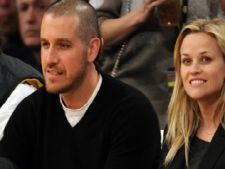 Reese Witherspoon spune cum si-a cunoscut sotul