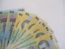 Legea privind taxa auto, promulgata de Basescu