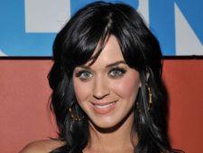 Katy Perry e din nou fericita