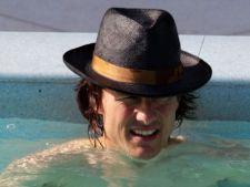 S-a scos la vanzare apa sfintita, din piscina lui Tom Cruise