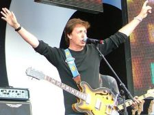 Paul McCartney va canta la gala Grammy 2012