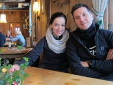 Andi Moisescu si Olivia Steer s-au distrat in Austria