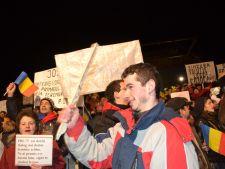 Universitatea Bucuresti acuza Jandarmeria de agresivitate