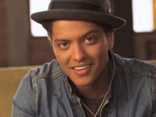 Bruno Mars are cel mai bine vandut single in format digital