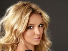 Britney Spears si-a recapatat formele din adolescenta