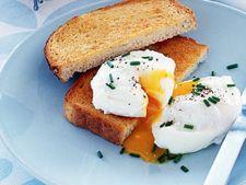 Reteta pentru mic dejun: oua fierte