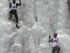 Concurs de escalada pe gheata, la Busteni