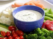 Gustare de legume si crema cu plante aromatice