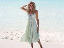 Shakira, atacata de un leu de mare