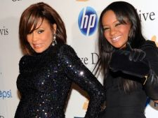 Bobbi Kristina, fiica lui Whitney Houston s-a drogat dupa inmormantarea mamei sale