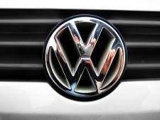 Viitoarea generatie Volkswagen Golf  va debuta oficial la Salonul Auto de la Paris