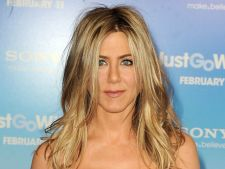 Jennifer Aniston are propria stea pe Hollywood Walk of Fame