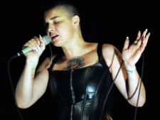 Sinead O'Connor vrea sa pozeze in Playboy