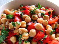 Retete de post: Salata cu naut