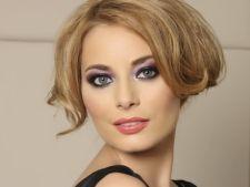 Laura Cosoi, cea mai sexy vedeta din Romania