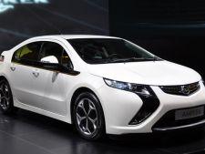 Chevrolet Volt si Opel Ampera au primit titlul Masina Anului 2012