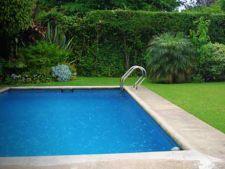 Cum sa alegi si sa instalezi o piscina