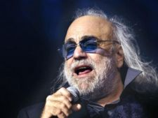 Demis Roussos a anulat seria de concerte din Romania