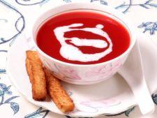 Supa de rosii cremoasa