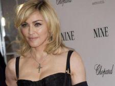 Madonna l-a invitat pe Justin Bieber sa cante alaturi de ea