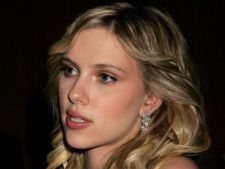 Scarlett Johansson isi doreste sa devina regizor de lungmetraje