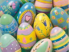 Unde invata cei mici sa realizeze oua si decoratiuni pentru Paste
