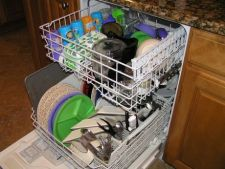4 tipuri de obiecte neobisnuite care pot fi curatate in masina de spalat vase