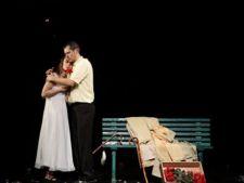 Premiere teatrale ale lunii aprilie in Bucuresti