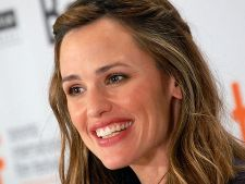 Jennifer Garner, rol de barbat in pelicula Johnson